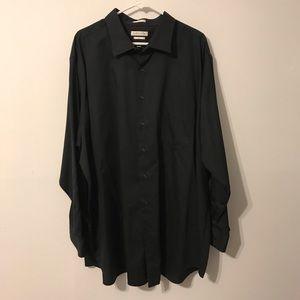 Black Van Heusen dress shirt